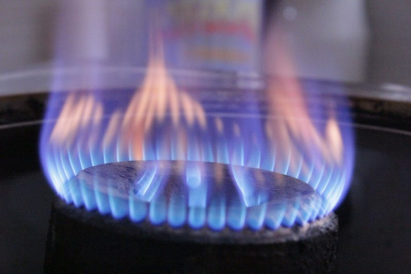 how to clean electric stove plates