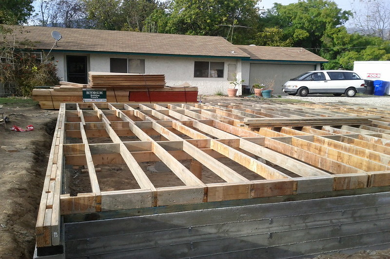 how to get rid of mold on floor joists