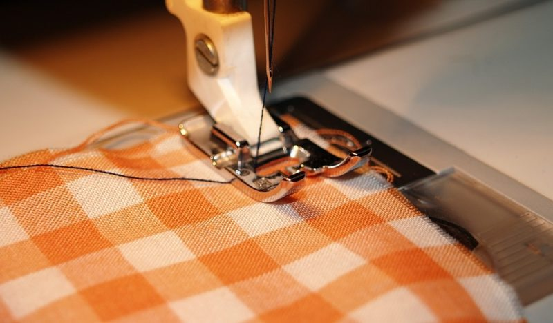 how to serge with a sewing machine