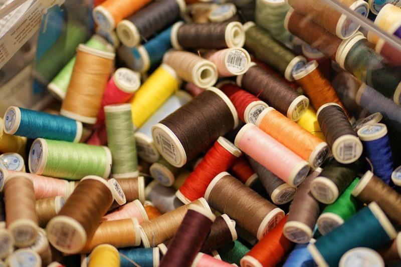 how to thread a riccar sewing machine
