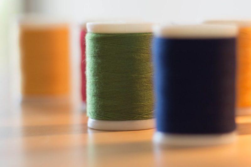 how to thread an elna sewing machine