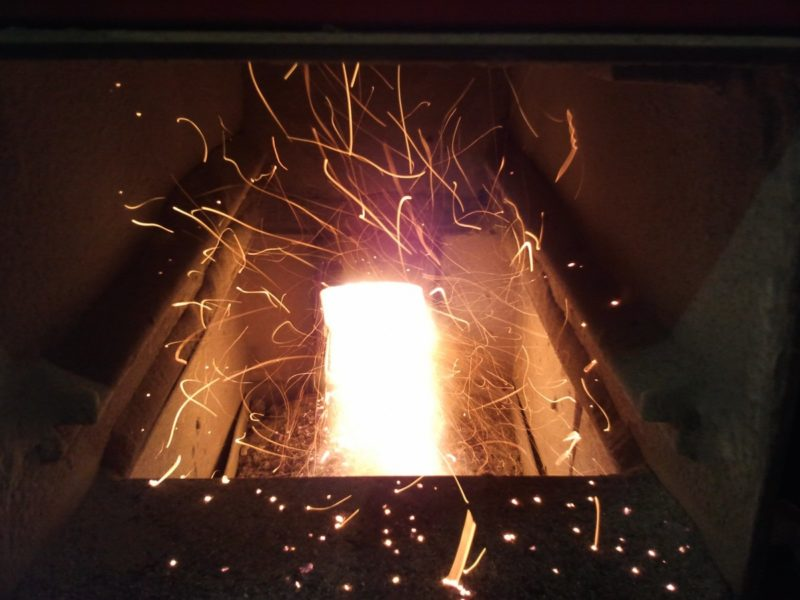 what is a biomass stove