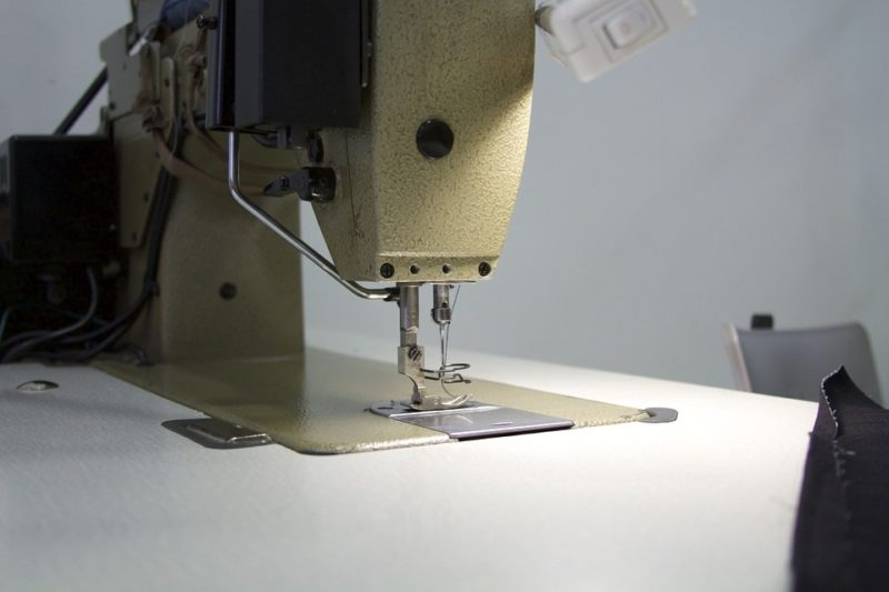 what is a walking foot industrial sewing machine
